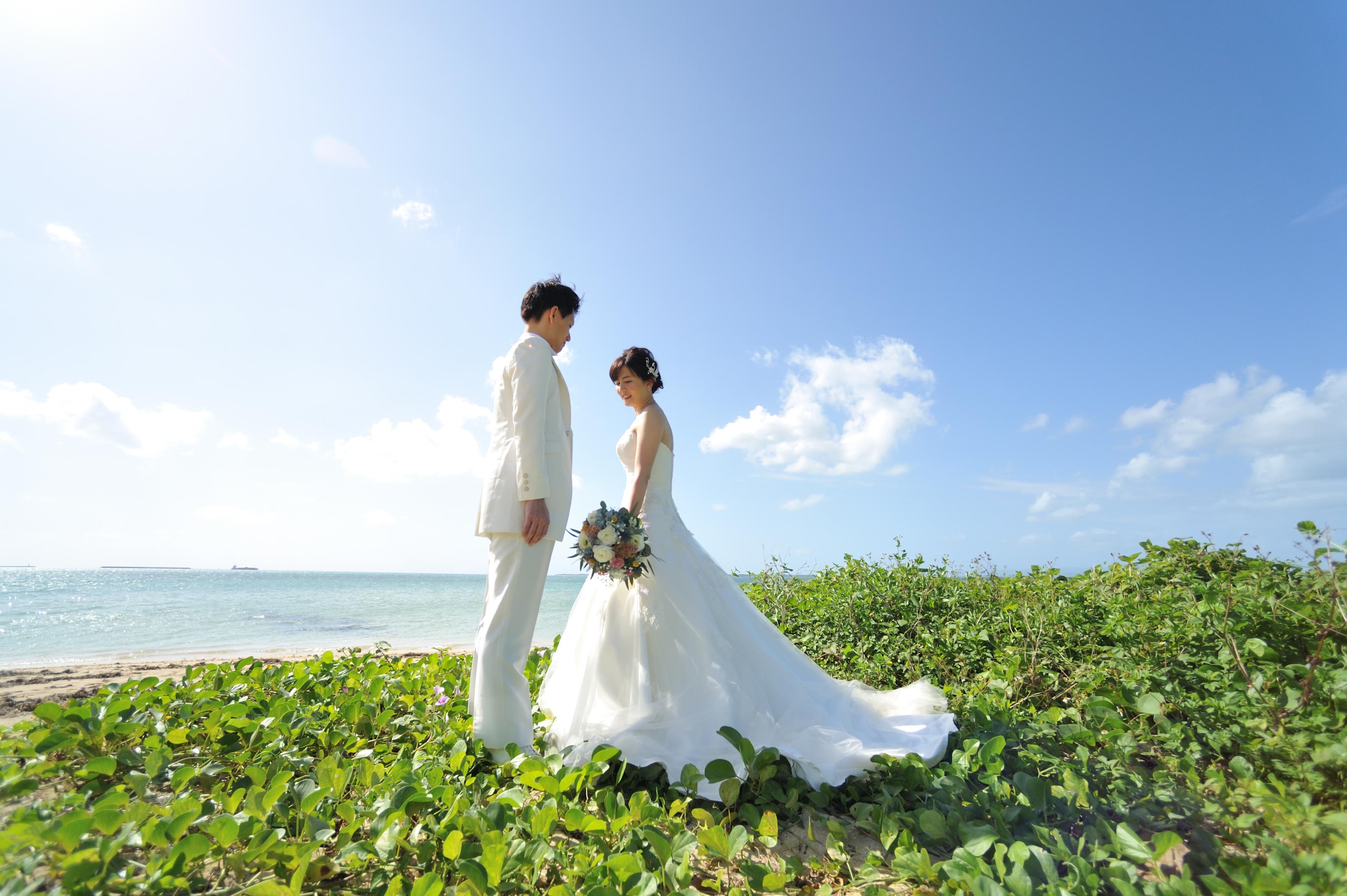 沖縄結婚式レンタル衣装