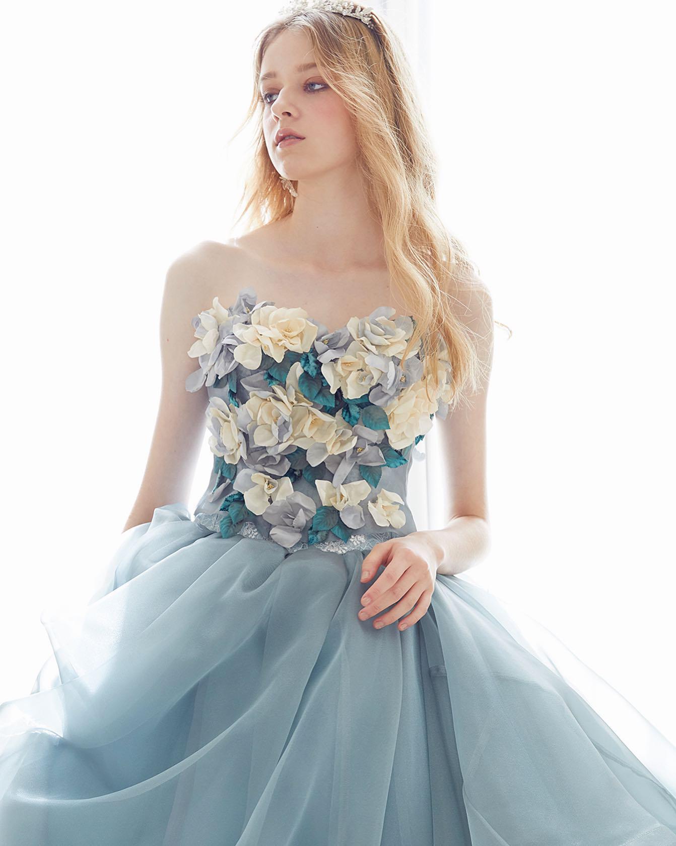 ・今月入荷したばかりのドレスを少しずつご紹介致します・「カラードレス迷子」です…そんなご相談をよくいただきます・当店ではドレスだけでも1000着以上ご用意しておりますきっとお気に入りの一着に出逢えるはず・プロフィール欄から当店HPへリンクしておりますのでぜひご覧下さいませ🕊・#wedding #weddingdress #bridalhiro #kiyokohata#ウェディングドレス #プレ花嫁 #ドレス試着 #2021夏婚 #2021冬婚 #ヘアメイク #結婚式  #ドレス選び #前撮り #後撮り #フォトウェディング #ウェディングヘア  #フォト婚 #前撮り写真 #ブライダルフォト #カップルフォト #ウェディングドレス探し #ウェディングドレス試着 #レンタルドレス #ドレスショップ #家族婚 #ブライダルヒロ #キヨコハタ #キヨコハタドレス